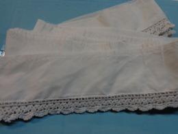 Dentelle Crochetee Pour Fond De Jupon 4 M X 8 Cm Pour Folklore Ou Autre - Habits & Linge D'époque