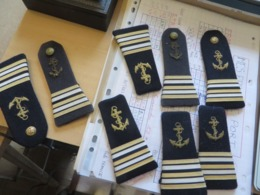 INSIGNES EN TISSUS POUR MONTRER SON GRADE,surement De La Marine ,MILITARIA,MILITAIRE,4 Paires - Ecussons Tissu