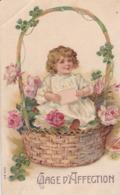 Thèmes > Enfants   Carte Gaufrée Fillette Dans Une Corbeille De Fleur Gage D'affection - Bambini