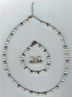 Ensemble Collier De Perles + Bracelet + Boucles D'oreilles (matière Et Origine Inconnue) - Juwelen & Horloges