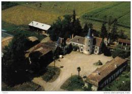 Carte Postale 17. Montguyon Le Chateau Du Taillan Vue D'avion Trés Beau Plan - France