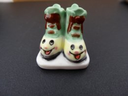 """FEVE - FEVES -  """"CHAUSSURES ENCHANTEES 2002"""" - - Santons/Fèves"""