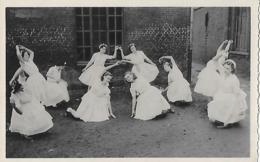 ANNOEULLIN, Photo D'une Fête à L'école St Joseph Vers 1950 - France