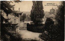 CPA Seignelay - La Cour Du Chateau (658499) - Seignelay