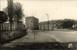 CPA MAUBEUGE - Le Parc (142040) - Maubeuge