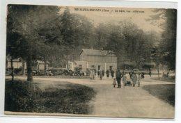 61 NEUILLY Le BUISSON  Carte RARE Gare Des Voyageurs Vue Extérieure Animation Automobiles Tas De Bois 1935 T  D14 2019 - France