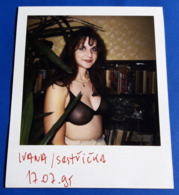 Vintage SEXY PIN-UP GIRL Photo - POLAROID Portrait - Hübsche Junge Frau, Jolie Jeune Femme, Pretty Young Woman [19-600] - Pin-ups