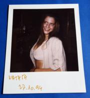 Vintage SEXY PIN-UP GIRL Photo - POLAROID Portrait - Hübsche Junge Frau, Jolie Jeune Femme, Pretty Young Woman [19-607] - Pin-ups