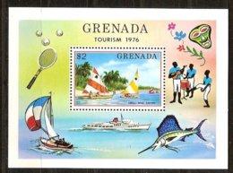 Grenade Grenada 1976 Yvertn° Bloc 49 *** MNH Cote 30 FF Bateaux Ships - Grenade (1974-...)
