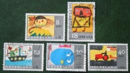 Kinderzegels, Child Welfare Kinder Enfant NVPH 849-853 (Mi 850-854) 1965 Gestempeld / USED NEDERLAND / NIEDERLANDE - 1949-1980 (Juliana)