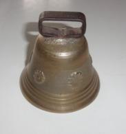 Ancienne Cloche En Laiton - Dessins Divers - Cloches