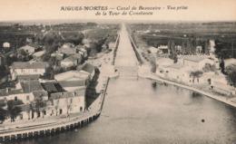 AIGUES-MORTES - Canal De Beaucaire - Vue Prise De La Tour De Constance - Aigues-Mortes