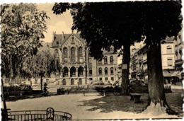 La Place Leopold Et Le Palais De Justice ( 222 ) - Arlon