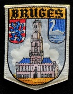 Patch Écusson Tissu Touristique : Belgique - Bruges - Le Beffroi - écusson Sur Feutrine Jaune - Ecussons Tissu