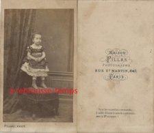 CDV Second Empire-jolie Petite Fille Sur Un Fauteuil-mode Enfant - Photographs