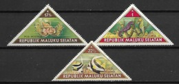 MALAISIE  /  MALUKU SELATAN   -  Timbres De Fantaisie Triangulaires  .  Poissons Exotiques - Peces