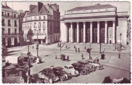 44 Nantes - Place Graslin Et Le Grand Théâtre - Autos: Traction, Juvaquatre ... - Ed: Nozais 1002 - Nantes