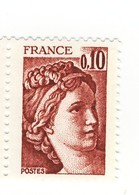 Sabine 0.10fr Brun Rouge YT 1965 En Papier épais . Pas Coté Mais Pas Courant , Voir Le Scan . - Variétés Et Curiosités