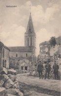 CARTE ALLEMANDE - GUERRE 14-18 - WESTFRONT - HATTONCHÂTEL - SOLDATS DEVANT RUINE DE MAISON - ÉGLISE - Guerre 1914-18