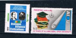 "Pakistan 963 / 1239 - Universität Islamabad, Buch ""Dialogue Between Civilizations"" - GA Mit Rumänien - Pakistan"