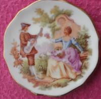 Assiette Miniature FRAGONARD Porcelaine LIMOGES Diamètre 5 Cm - Limoges (FRA)