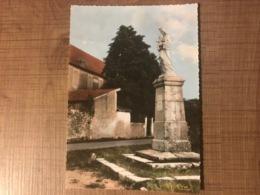 REILHAC L'ecole Et La Vierge - Autres Communes