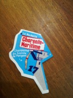 Magnet Le Gaulois Nouveau Département 17   CHARENTE MARITIME LA ROCHELLE E - Magnets