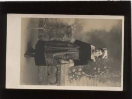 29 Beuzec Conq Carte Photo Jeune Femme En Costume Et Coiffe En 1918 - Beuzec-Cap-Sizun