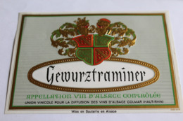 Etiquette Neuve Vin D Alsace  Gewurztraminer Union Vinicole  Legerement Gaufree - Gewurztraminer