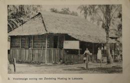 Ned. Indie - Indonesia // Laksoela - Boeroe // Woning Zendeling Hueting 19?? - Indonesia