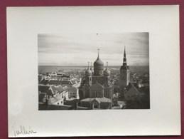 280919 - ESTONIE PHOTO AMATEUR 1930 - TALLINN Vue Générale Cathédrale - Estonie