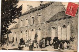 CPA MARTIGNE - L'École Des Filles (192678) - France