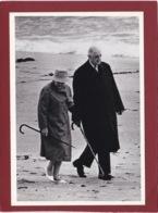 CHARLES DE GAULLE( 1890- 1970)  PHOTO DE BONNOTTE  JP YVONNE ET CHARLES DE GAULLE EN IRLANDE - People