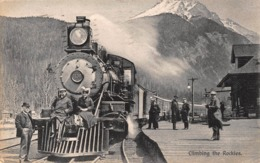 CLIMBING THE ROCKIES~LOCOMOTIVE~PEOPLE ON COWCATCHER-1912 CHAPMAN PHOTO POSTCARD 41820 - Eisenbahnen