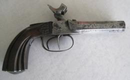 Petit Pistolet à Piston De Voyage, à Canon Double, Calibre 11 Mm - Armes Neutralisées
