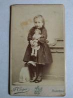 Photographie Ancienne CDV - Fillette Avec Sa Poupée - Photo F. Cooper, Marseille - BE - Ancianas (antes De 1900)