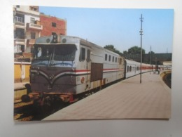 D168405 Train - Railway Station - Bahnhof  - Gare -Hungarian Postcard  -EGYPT  ENR -Assuan Station - Trains