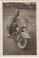 Woman On A Motorbike - Photo - Motos