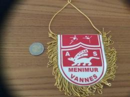 Fanion Football «AS MENIMUR VANNES» (hermine, Gymnastique) - Apparel, Souvenirs & Other