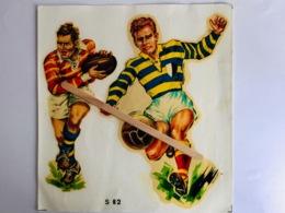 JOUEUR RUGBY - FOOTBALL   Superbe Décalcomanie Ancienne Année 50 (18 X 17 Cm) - Rugby