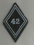 Militaria , écusson Tissus  ,2 Scans , 42 E Régiment De Transmission - Patches
