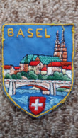 ECUSSON TISSU BASEL BALE BLASON SUISSE PAYSAGE VOIR AUTRES MODELES DANS MA BOUTIQUE ET CELLE ULTIMA31 - Ecussons Tissu