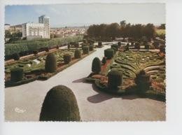 Castres : Le  Jardin De L'évêché - Castres