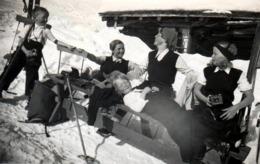 Photo Originale Sports D'Hiver Femmes & Enfants Pour Rigolade Et Détente Vers 1930/40 - Bronzette & Farniente - Places