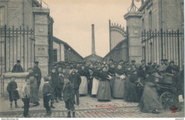 93) AUBERVILLIERS : Sortie De La Manufacture D'Allumettes - Aubervilliers