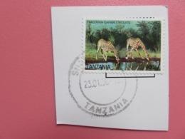 Timbre Tanzanie - Girafes - Tanzania Safari Circuits - Sur Fragment - Cachet Rond 23.01.06 - Giraffe