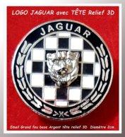 """SUPER PIN'S """"JAGUAR"""" : RARE LOGO émaillé Grand Feu Avec Tête De Jaguar En Relief 3D Sur Damier, Diamètre 2cm - Jaguar"""