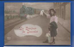Un Bonjour De STAVELOT   Gare  Petite Fille Et Train   écrite En 1913 - Belgium