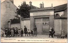 77 AVON - école Sainte Anne, Rue De La Mairie. - Avon