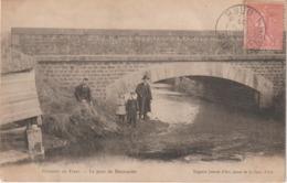Orne : Env.  De TINCHEBRAY :  MONTSECRET : Vue Du  Pont - France